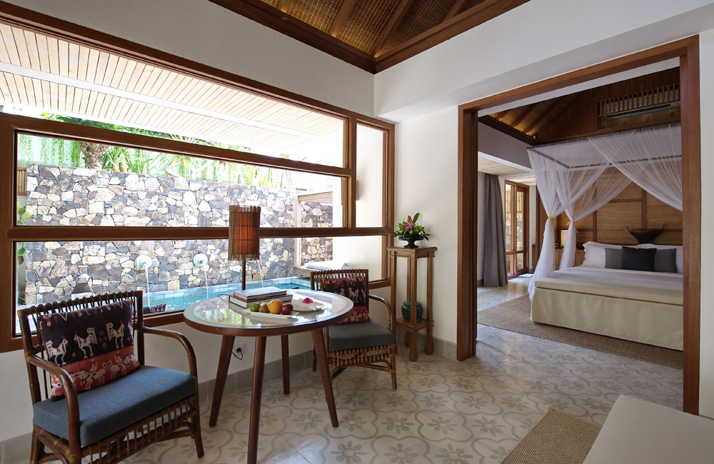 Santai-sitting-area-villa-RS