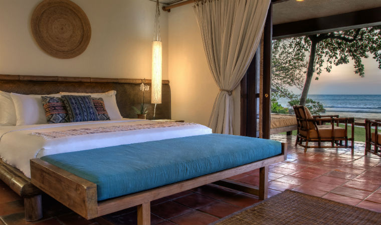Ananda Segarra Beachfront Suite