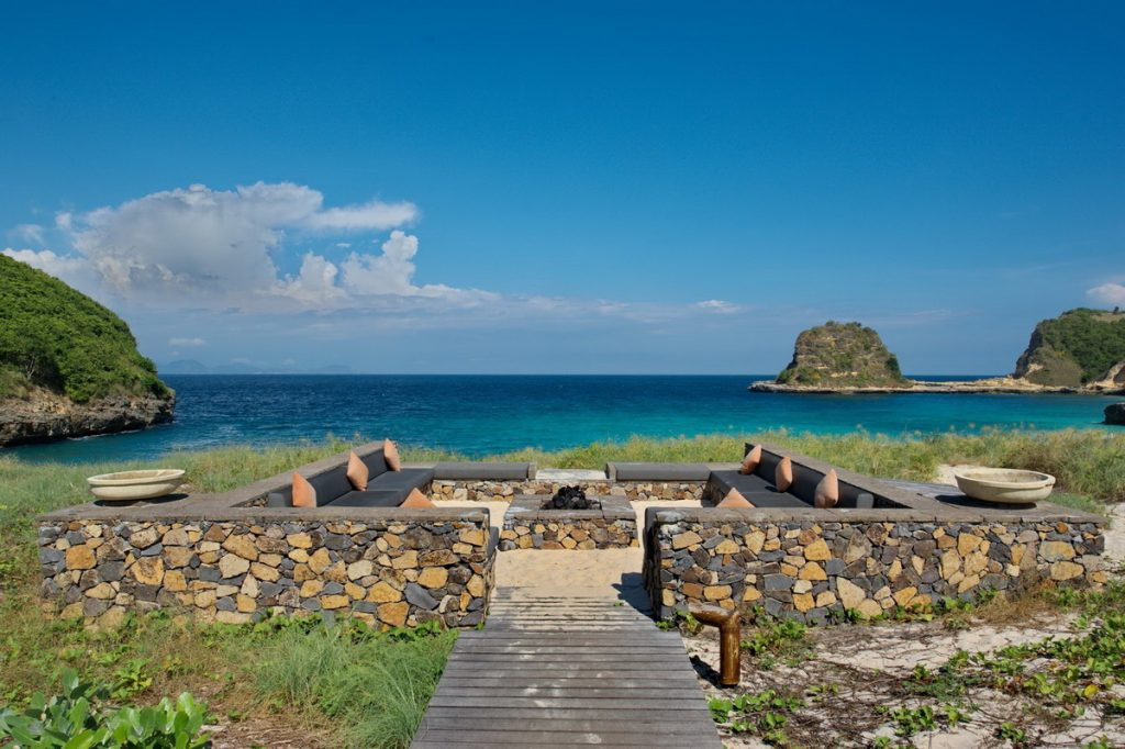 jeeva_beloam_beach_camp_the_resort_02_luxury_beach_camp_lombok_indonesia