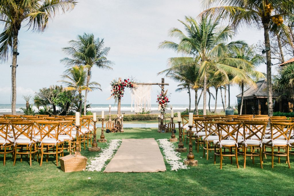 jeeva_saba_bali_wedding_ceremony_01_oceanfront_destination_wedding_venue_luxury_villa_bali