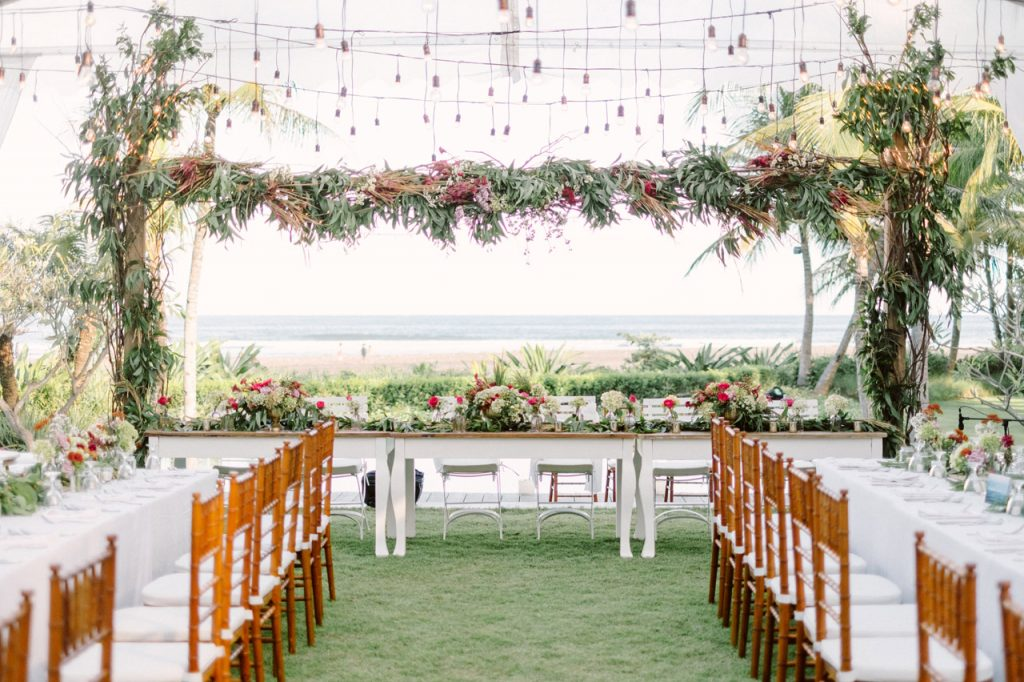 jeeva_saba_bali_wedding_reception_01_oceanfront_destination_wedding_venue_luxury_villa_bali